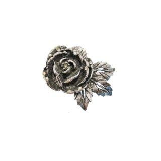 ゴールデット・銀色の薔薇のクラシカルなブローチ