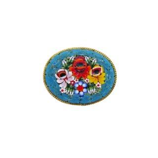 ターコイズブルーが印象的なマイクロモザイクのブローチ