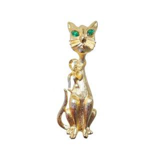 モネ・すまし顔をした可愛い猫のブローチ