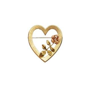 クレメンツ・ハートと小さな薔薇のブローチ