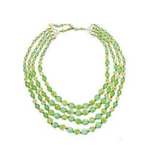 ウエストジャーマニー・透明なグリーンのガラスビーズの4連ネックレス