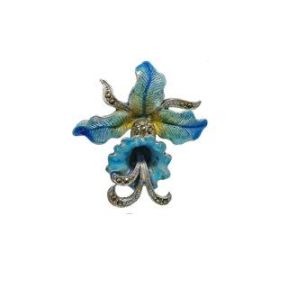 マーカサイトが煌く華やかなターコイズブルーの蘭のブローチ