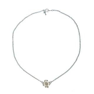 トリファリ・小さな銀色ハナミズキのネックレス