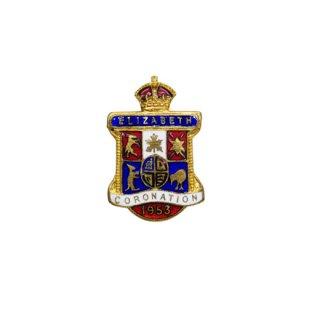 エリザベス女王の戴冠式の記念ブローチ
