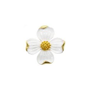 トリファリ・モダンな白いハナミズキのブローチ