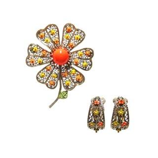 アート・クラシカルかつ可愛らしいお花のブローチセット