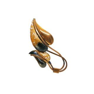 マティス・アーティスティックな銅製リーフのブローチ