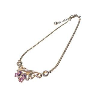 トリファリ・可愛らしいピンクのお花のクラシカルなネックレス(特許)