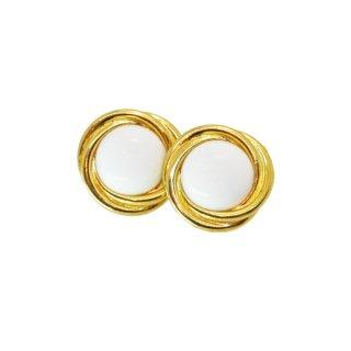 トリファリ・ゴールドとミルク色のオーセンティックなイヤリング