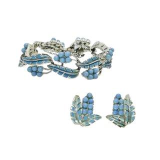 コロ・青い木の実とリーフのブレスレットセット