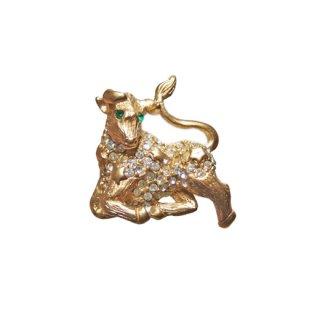 ケネスジェイレーン・金色の牡牛座のブローチ