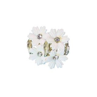 コロ・可愛い二輪の白いお花とリーフのイヤリング