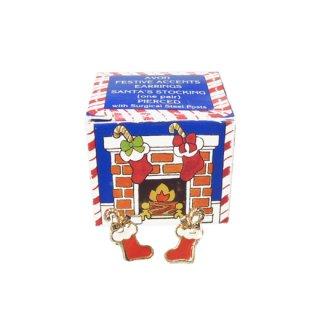 エイボン・箱付小さな赤いクリスマスソックスのピアス