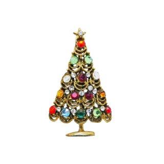 カラフルな色彩がキャッチーなクリスマスツリーのブローチ
