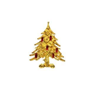 リア・赤いキャンドルで飾ったクリスマスツリーのブローチ