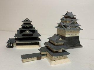 日本のお城で「天守の形が判るお城の天守のみ」の製作依頼 (当店のお城のジオラマ完成品未掲載のみ限定) B7サイズ(120×80mm)