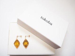 tokoba ピラミッド・ピアスmini アンバールリ菊つなぎ(K18)