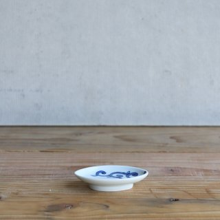 染付唐草 楕円豆皿