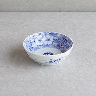 染付地紋撫子 5寸鉢(なます皿)