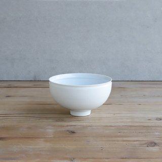 "白磁 ""手作り鉢"""