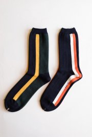 <img class='new_mark_img1' src='//img.shop-pro.jp/img/new/icons47.gif' style='border:none;display:inline;margin:0px;padding:0px;width:auto;' />sacai<br>ストライプSOCKS<br>【2カラー】