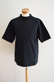 <img class='new_mark_img1' src='//img.shop-pro.jp/img/new/icons47.gif' style='border:none;display:inline;margin:0px;padding:0px;width:auto;' />sacai<br>MOCK TEE<br>「2カラー」