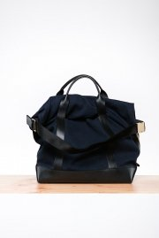 <img class='new_mark_img1' src='//img.shop-pro.jp/img/new/icons2.gif' style='border:none;display:inline;margin:0px;padding:0px;width:auto;' />sacai<br>Large Dry Bag