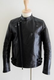 <img class='new_mark_img1' src='//img.shop-pro.jp/img/new/icons2.gif' style='border:none;display:inline;margin:0px;padding:0px;width:auto;' />sacai man<br>HORSE LEATHER JACKET