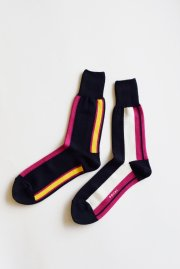 <img class='new_mark_img1' src='//img.shop-pro.jp/img/new/icons47.gif' style='border:none;display:inline;margin:0px;padding:0px;width:auto;' />sacai man<br>STRIPE SOCKS<br>【2カラー】