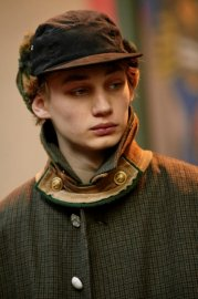 <img class='new_mark_img1' src='//img.shop-pro.jp/img/new/icons47.gif' style='border:none;display:inline;margin:0px;padding:0px;width:auto;' />sacai man<br>CORDUROY HAT