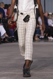 <img class='new_mark_img1' src='https://img.shop-pro.jp/img/new/icons47.gif' style='border:none;display:inline;margin:0px;padding:0px;width:auto;' />sacai man<br>Tweed Pants<br>【WHITE】