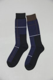 <img class='new_mark_img1' src='//img.shop-pro.jp/img/new/icons47.gif' style='border:none;display:inline;margin:0px;padding:0px;width:auto;' />sacai man<br>Windowpane Socks<br>【3カラー】