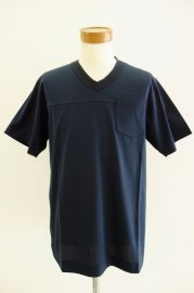 sacai<br>V NECK T SHIRT<br>【3カラー】