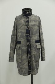 <img class='new_mark_img1' src='https://img.shop-pro.jp/img/new/icons47.gif' style='border:none;display:inline;margin:0px;padding:0px;width:auto;' />sacai<br>Camouflage Coat