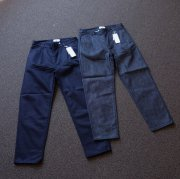 <img class='new_mark_img1' src='https://img.shop-pro.jp/img/new/icons53.gif' style='border:none;display:inline;margin:0px;padding:0px;width:auto;' />STILL BY HAND<br>TUCK DENIM