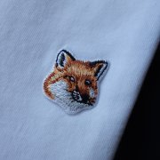 <img class='new_mark_img1' src='https://img.shop-pro.jp/img/new/icons2.gif' style='border:none;display:inline;margin:0px;padding:0px;width:auto;' />FOX HEAD PATCH<br>TEE-SHIRT