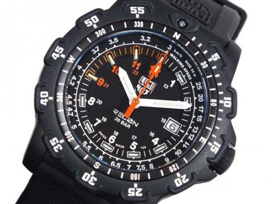 ルミノックス  フィールドスポーツ 腕時計 8821 LUMINOX