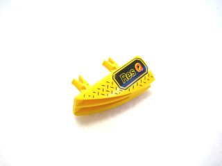 #30647 テクニック 1x4 フレアリング (Res Q)  【黄色】 /Technic Side Flaring Intake 1x4 with Two Pins :[Yellow]