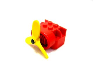 #4616 飛行機エンジンブロックとプロペラ  【赤】 /Airplane Engine Block With Propellor :【Red】
