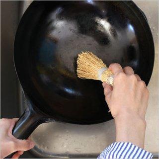 Iris Hantverk 鍋洗いブラシ エニシダの根