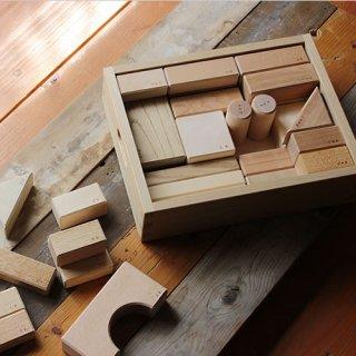 オークヴィレッジ 寄木の積木 木箱入り
