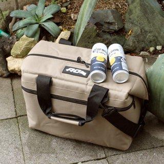 AO Coolers 24パック キャンバス ソフトクーラー