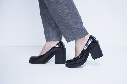 MAISON EUREKA<br>V CUP PUMPS-GLASS