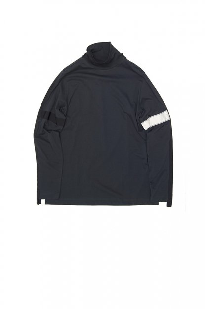 OAMC<br>Outline Turtleneck