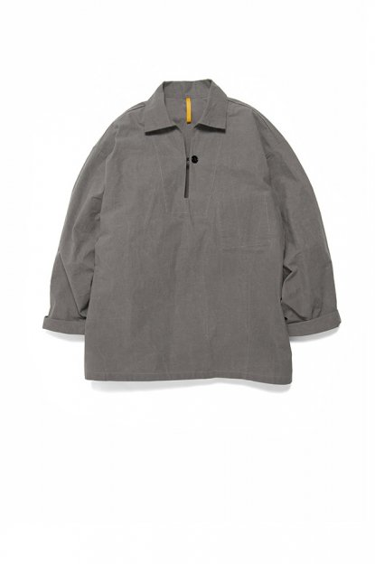 MAN-TLE<br>ONE BUTTON SHIRT