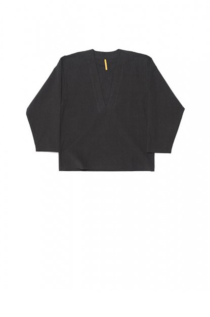 MAN-TLE<br>SHIRT 5 (DEEP V SHIRT)