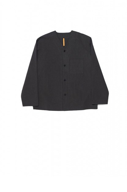 MAN-TLE<br>SHIRT 7 (COLLARLESS SHIRT)