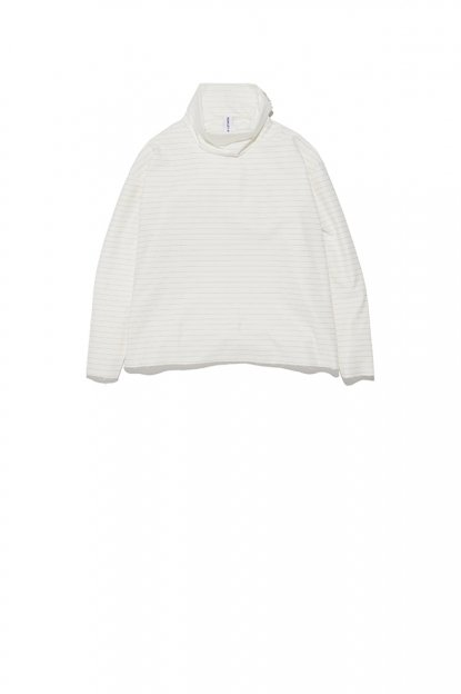 ASHLEY ROWE<br>3/4 Turtleneck