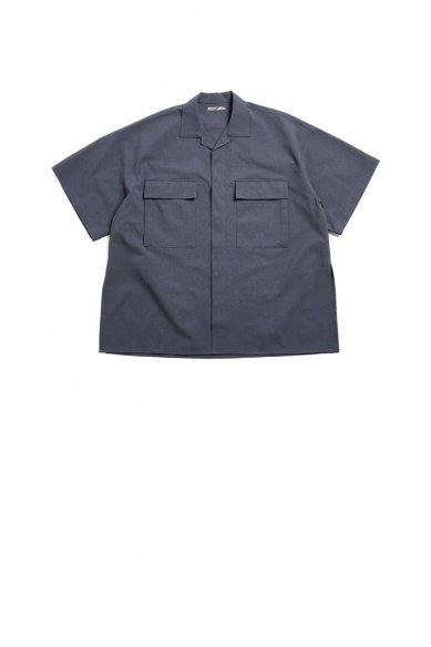 is-ness<br>SLIT SHORT SLEEVE SHIRT