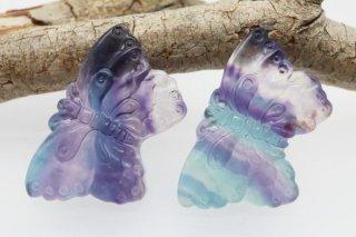 【23mm×39mm】蝶々 フローライト1個 彫刻 カービング(穴あき)中国産 高品質 美しいバイカラーフローライト